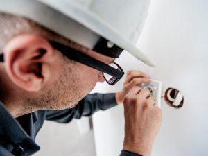 electrician, repair, electricity-1080554.jpg